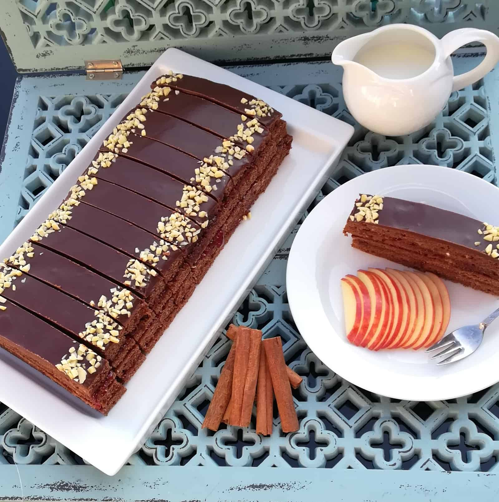 Gaštanový perník s kakaovou polevou