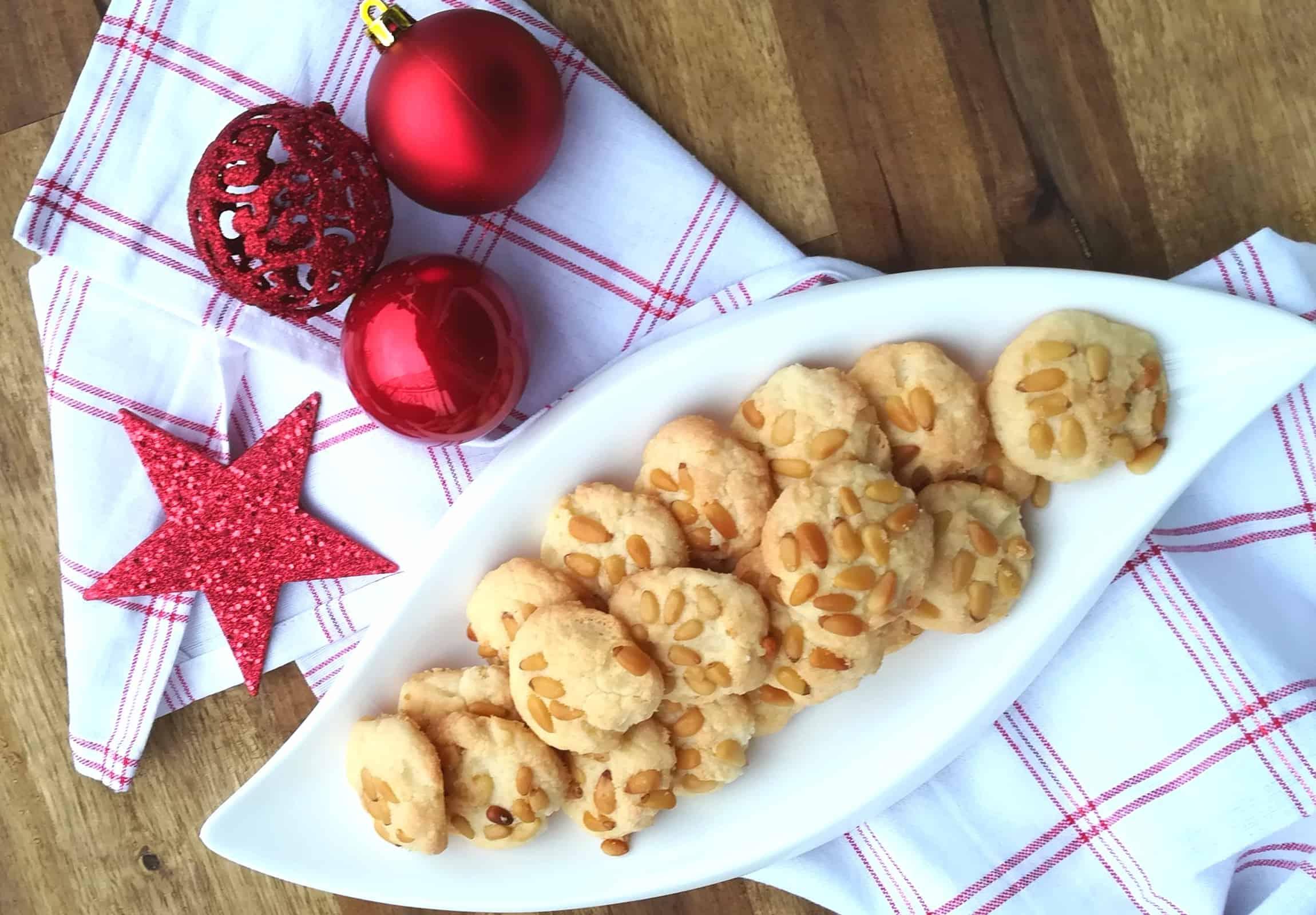 Píniové vianočné keksíky