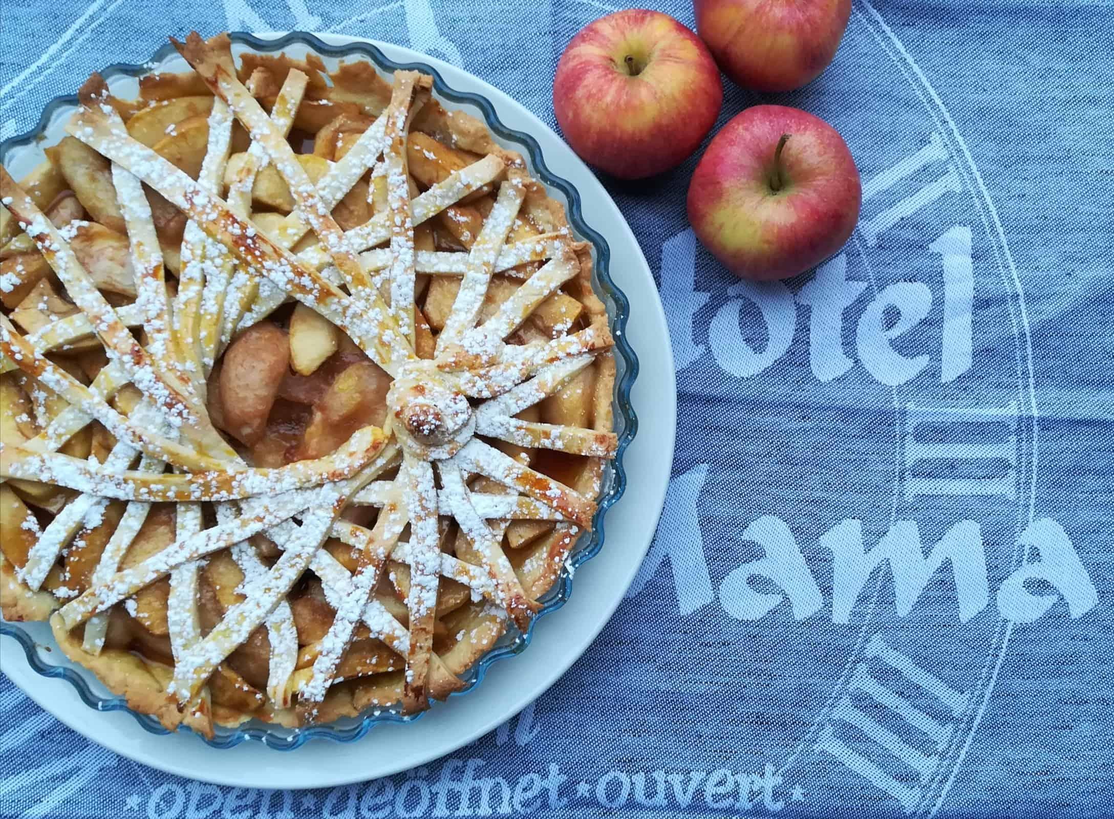Jablkový tarte s hruškami
