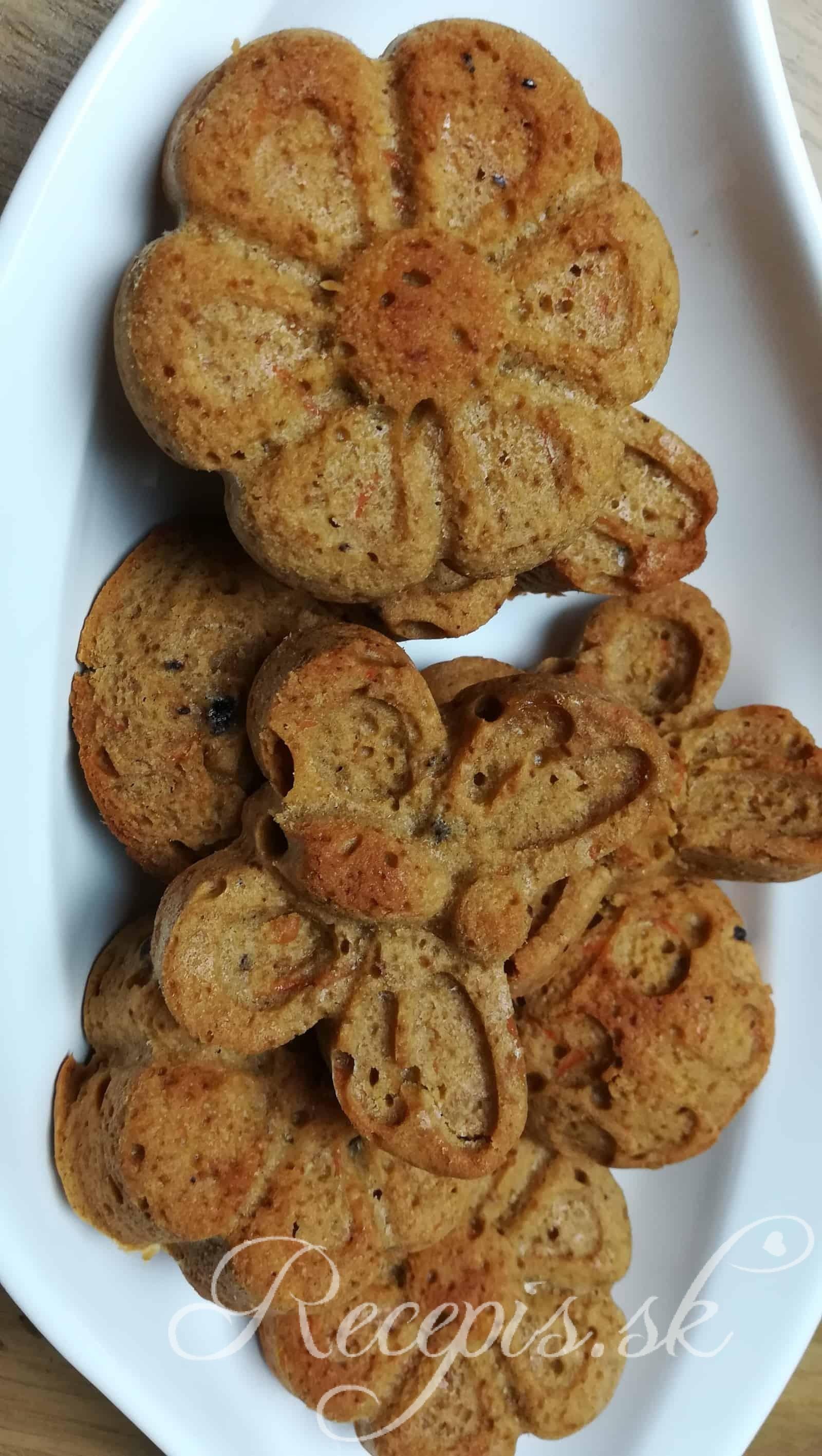 Mrkvové koláčiky s ďatlami