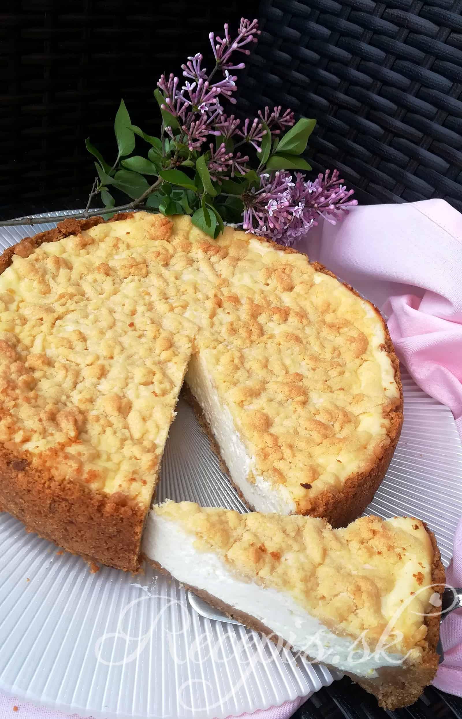 Citrónový cheesecake s mrveničkou