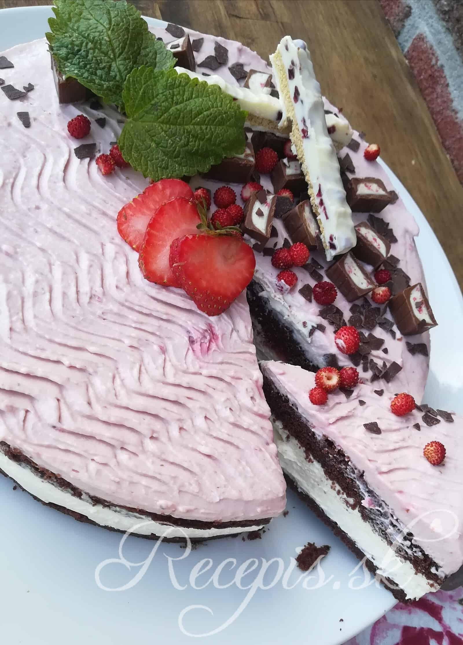 Jahodová mascarpone torta