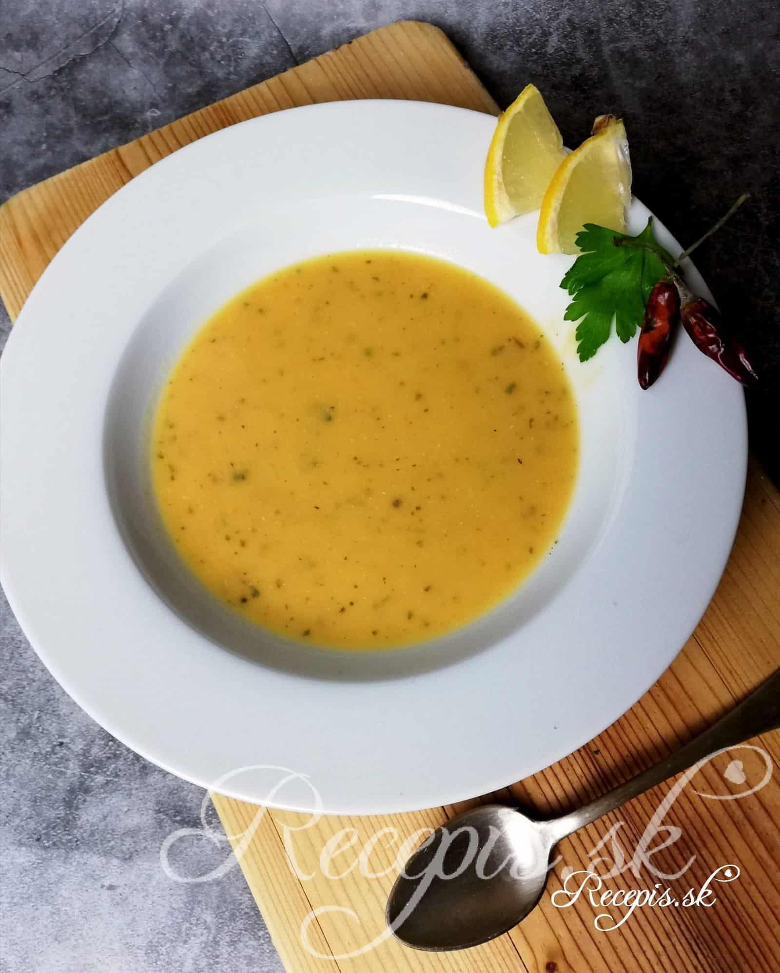 Turecká polievka z červenej šošovice