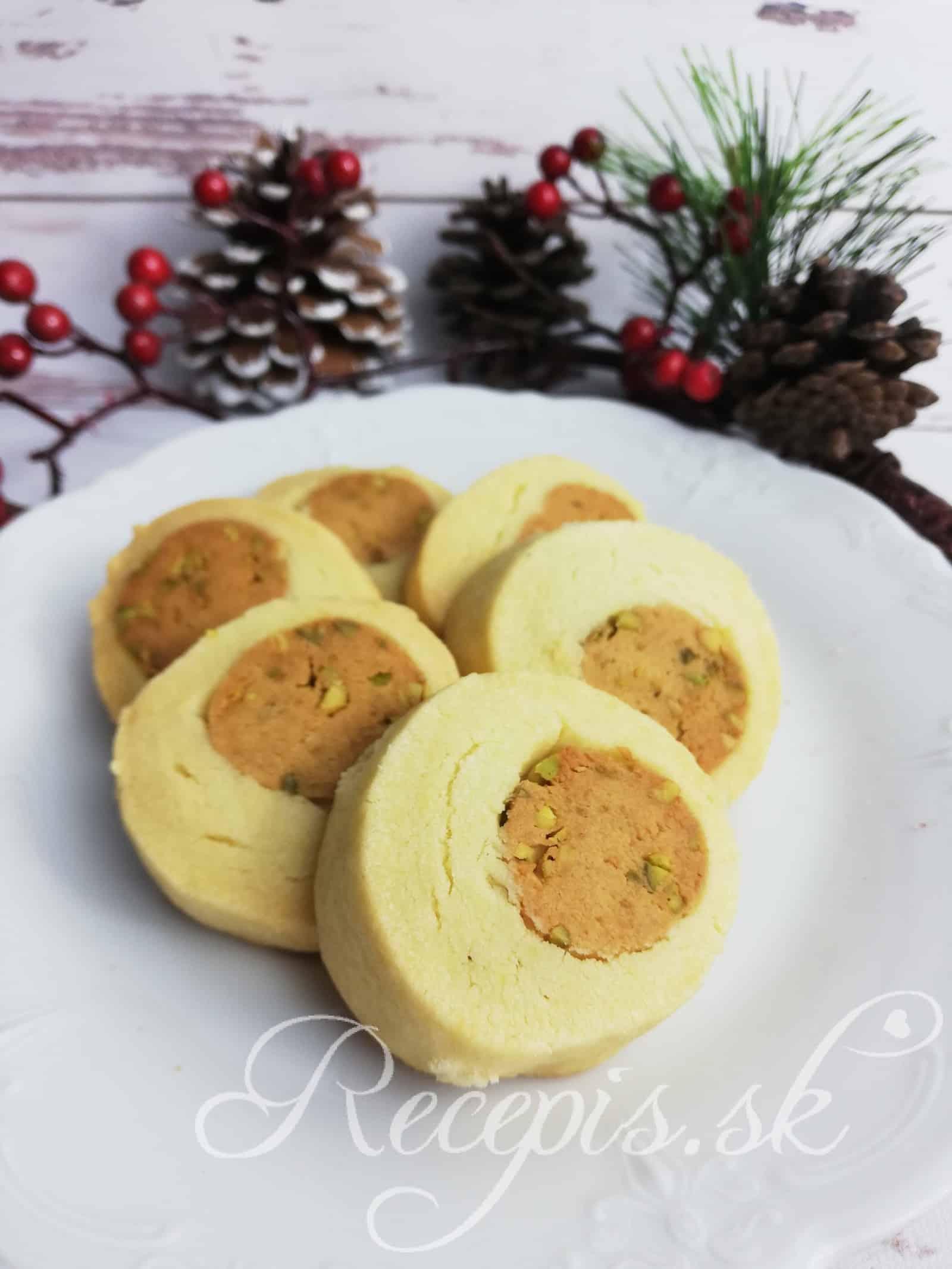 Pistáciová plnka s marcipánom do vianočného pečiva