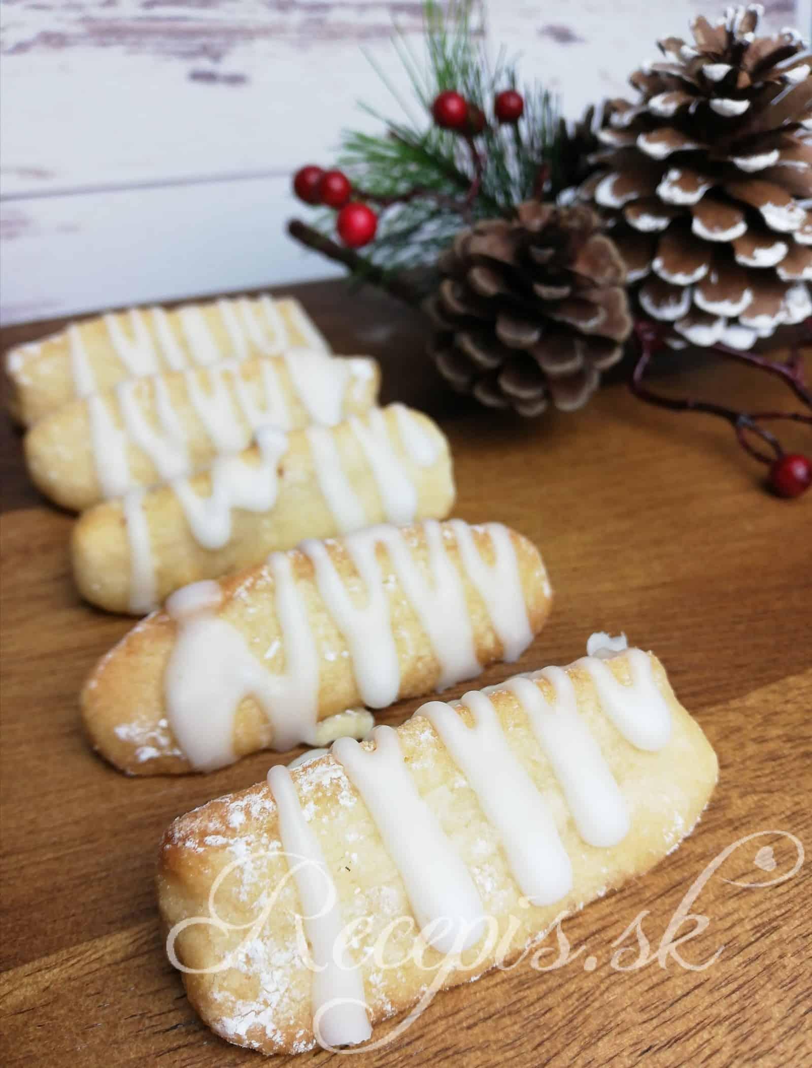 Bezlepkové vianočné pečivo s marcipánom