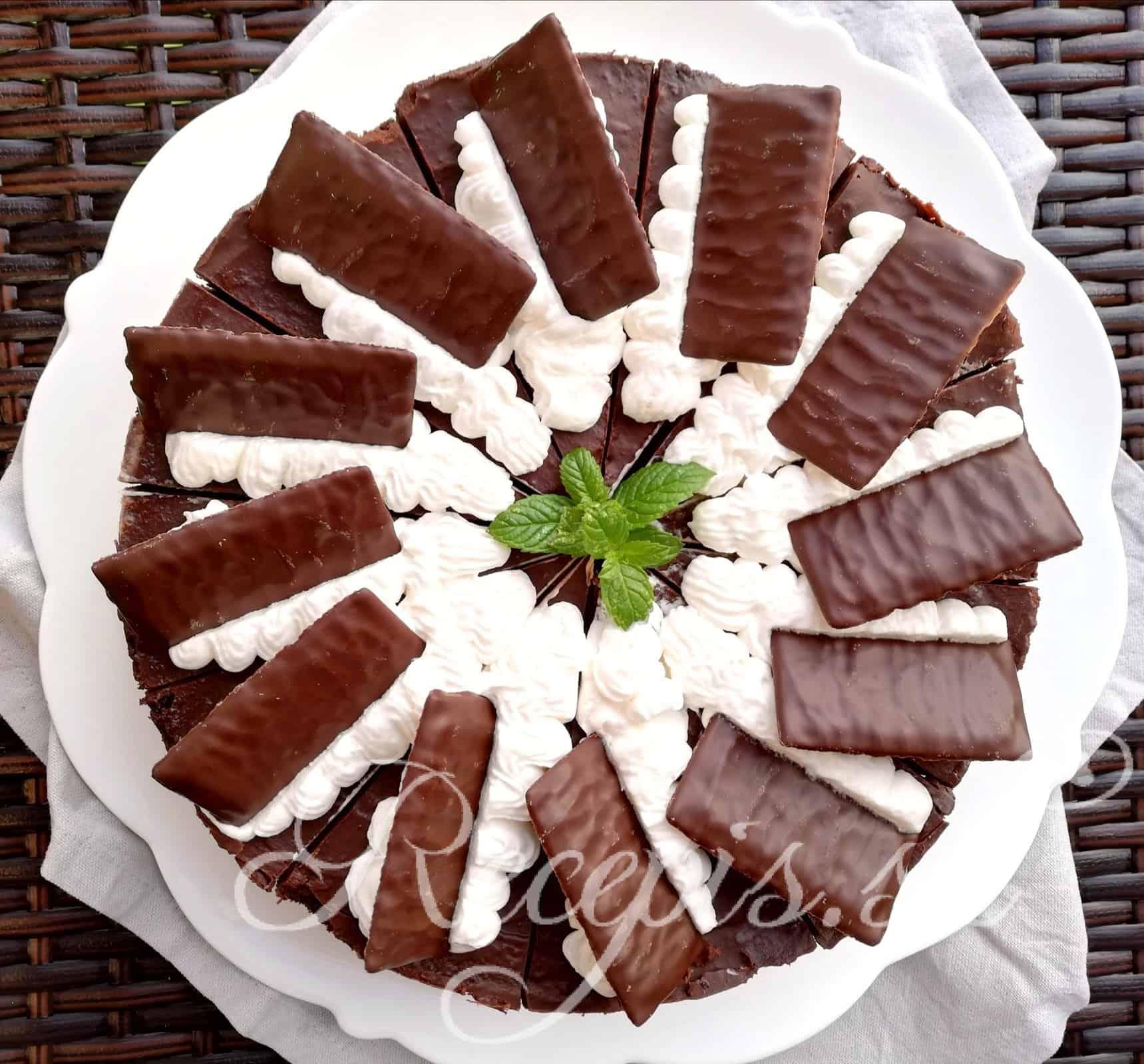 """Čokoládová torta s mätovou plnkou """"after eight"""""""