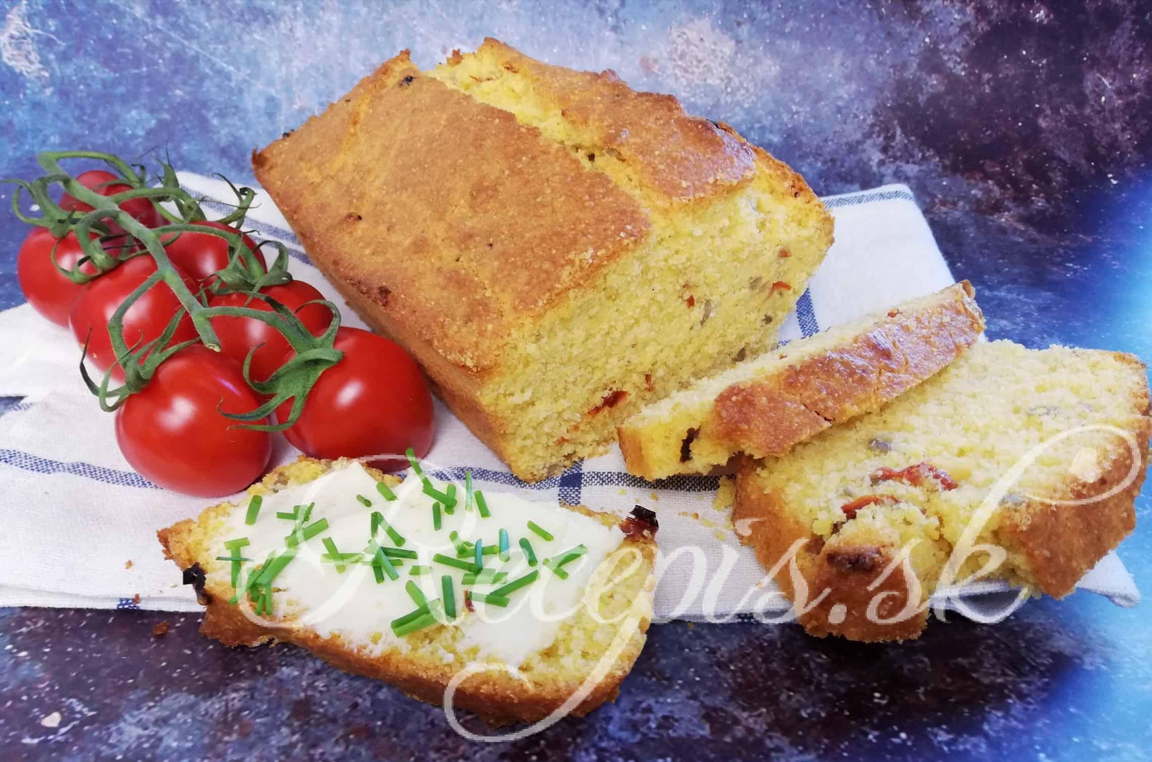 Chrumkavý kukuričný chlieb bez kysnutia a váženia
