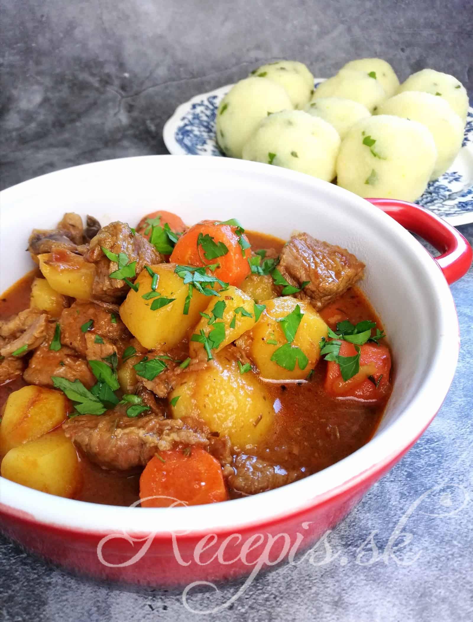 Dusené hovädzie beef stew