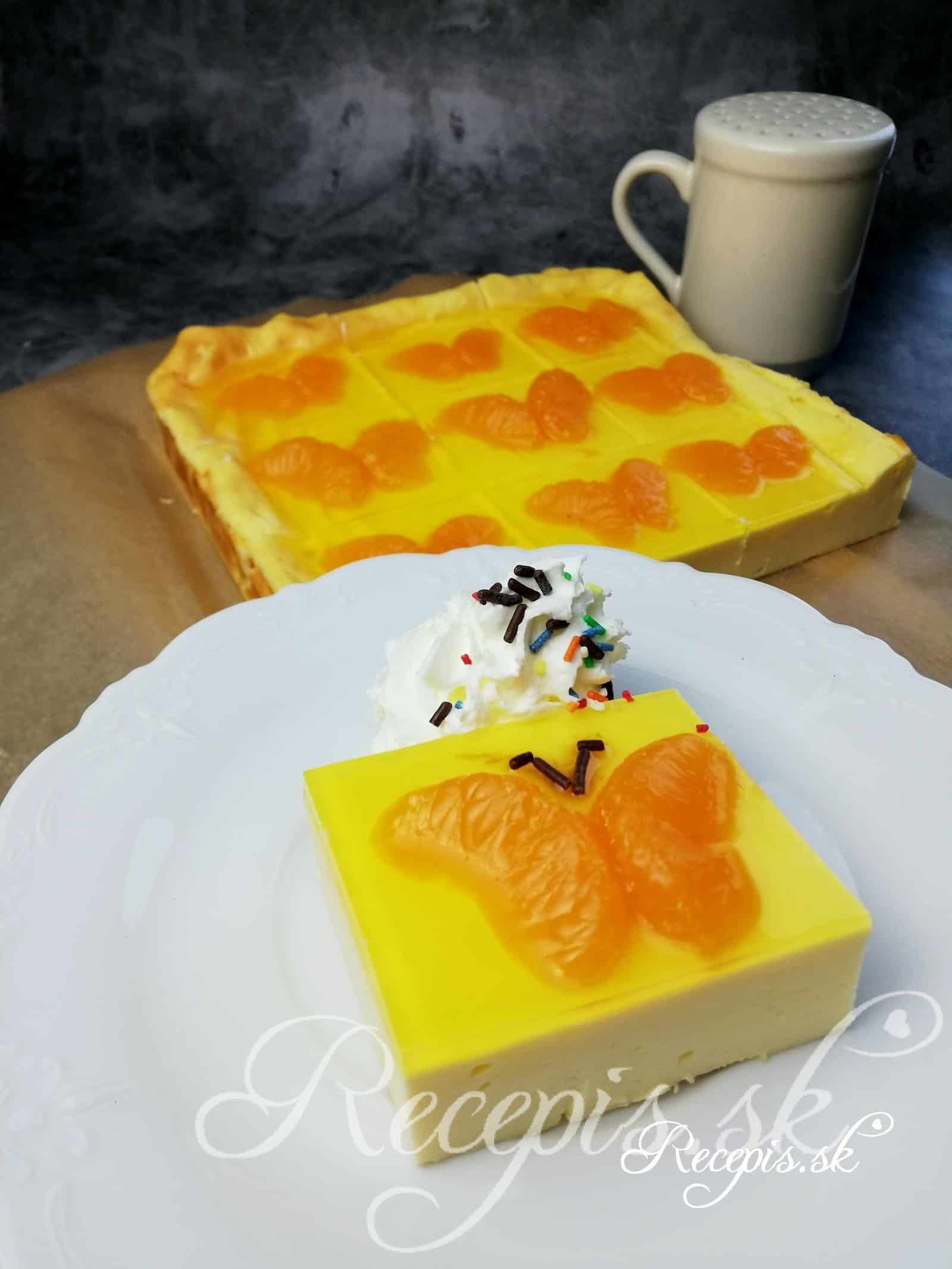 Jednoduchý tvarohový koláč motýľ