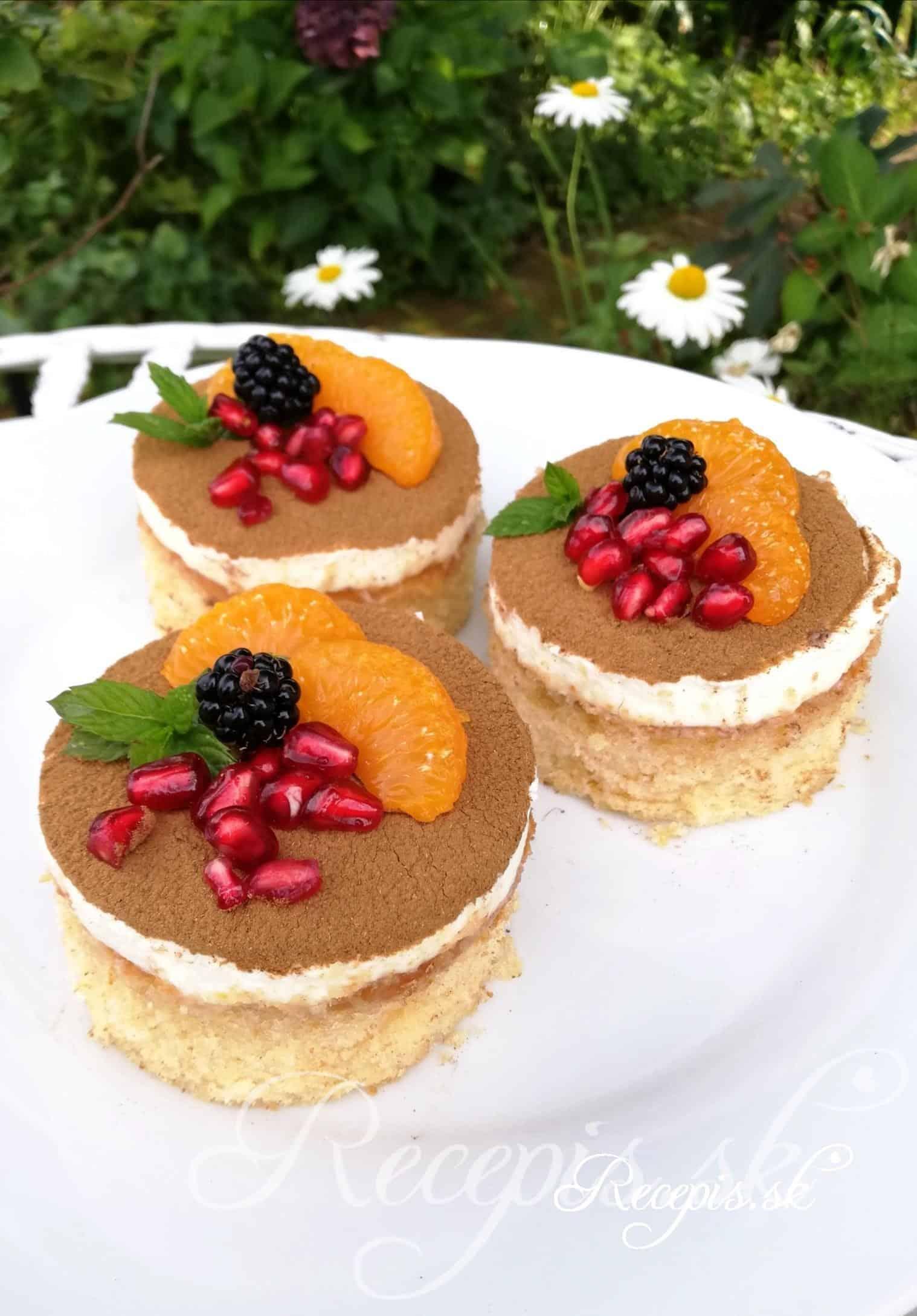 Šťavnaté mandarínkové tortičky